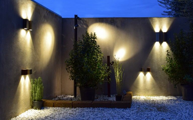 Exenia enthüllt Outdoor Showroom