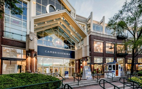 CambridgeSide Galleria
