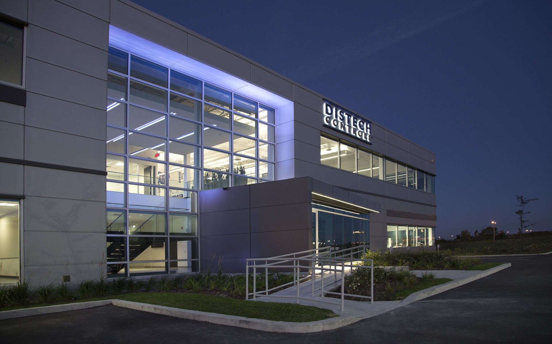 The company used Lumenfacade fixtures to highlight the building's entrance.
