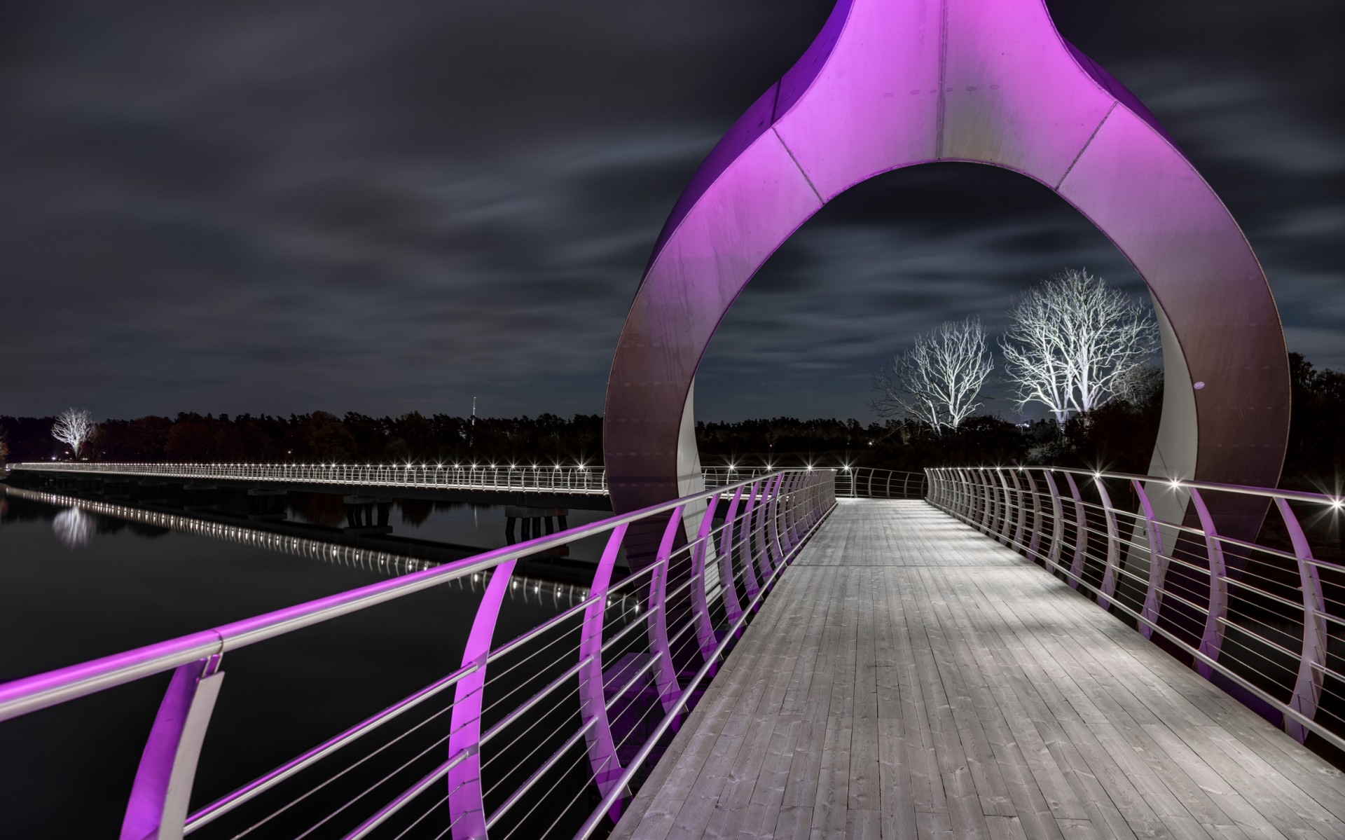 At 756 meters long, the Sölvesborg Bridge is currently the longest bicycle and pedestrian bridge in Europe.