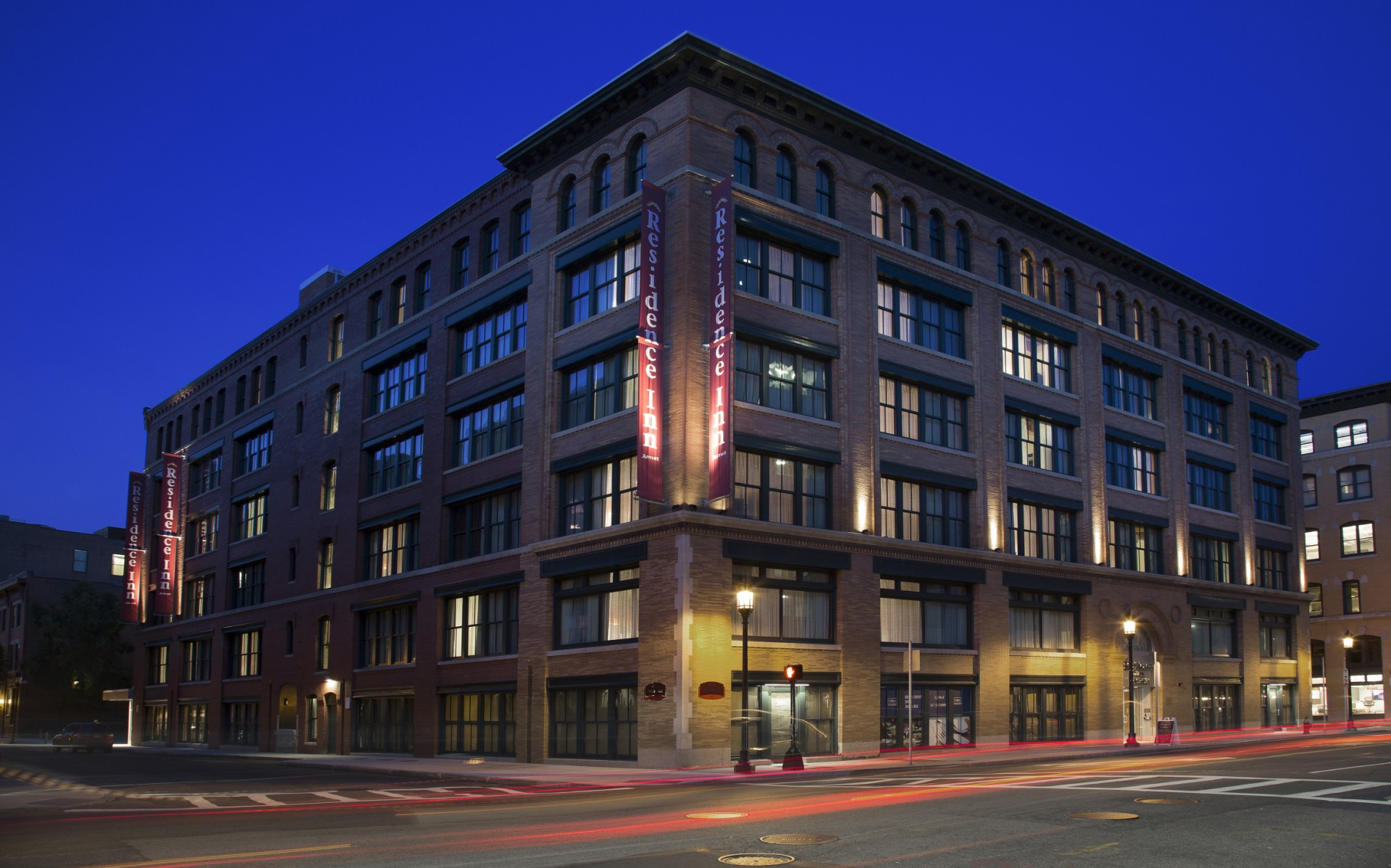 Recently renovated, the 112-year-old building housing the Marriott Residence Inn has been given a new modern lighting design by D. Schweppe.