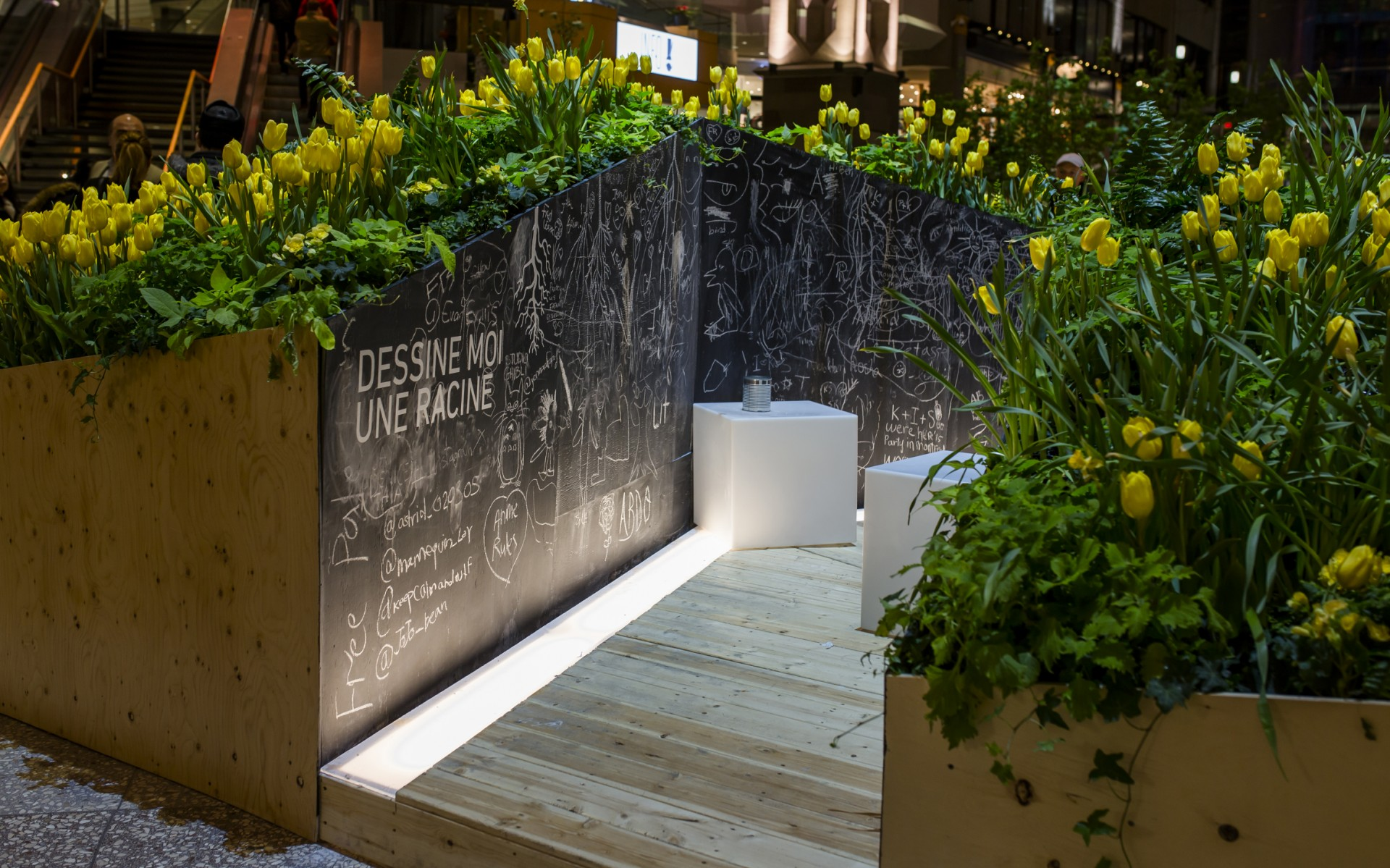 Lumenpulse provided outdoor LED luminaires for an exhibition of landscape architecture.