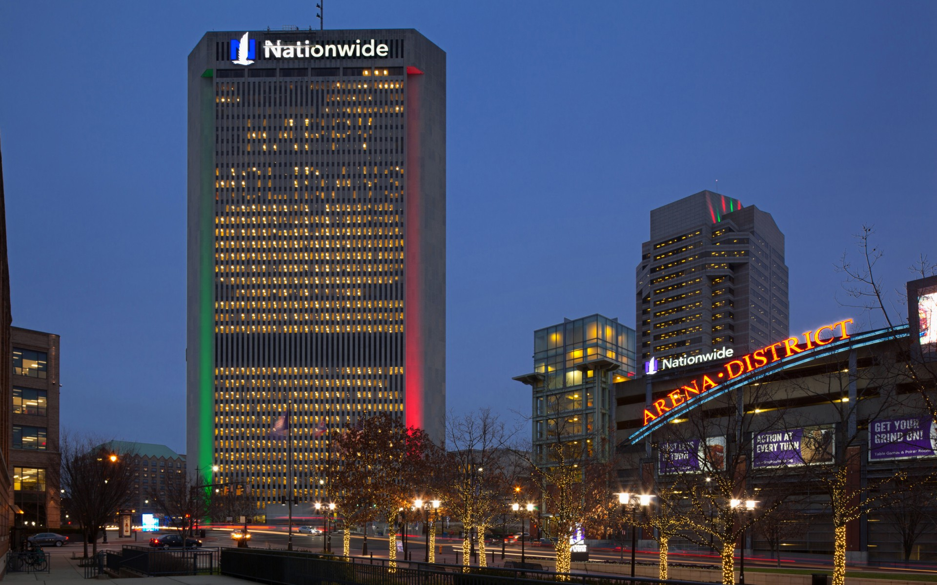 At the Nationwide Plaza complex, Lighting Systems of Columbus Inc. (LSC) used Lumentalk technology to convert the lighting systems to LED.
