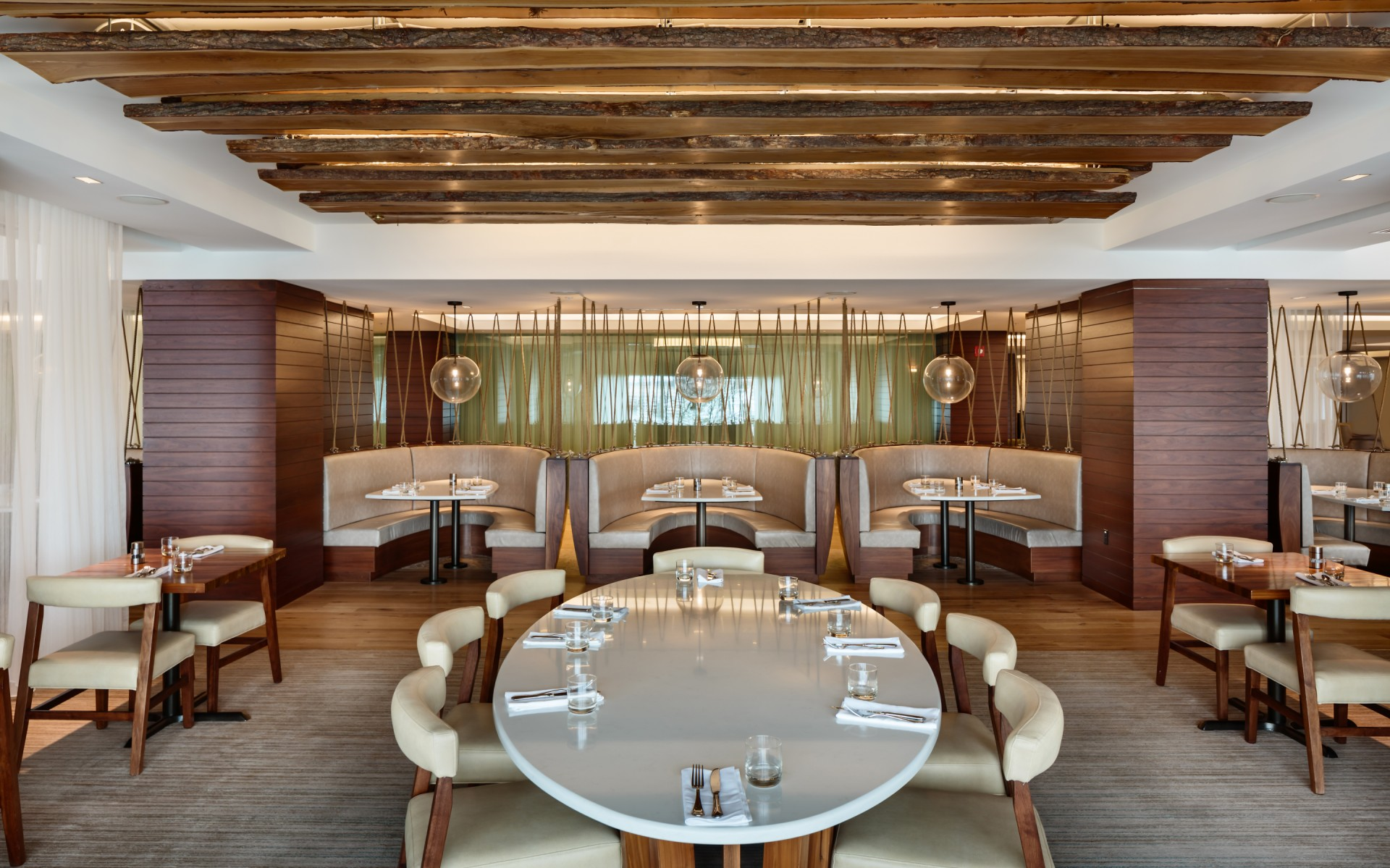 Ghatan also specified Lumenpulse luminaires to create a signature look in the restaurant's floating wood planks ceiling.  – Roberto Farren