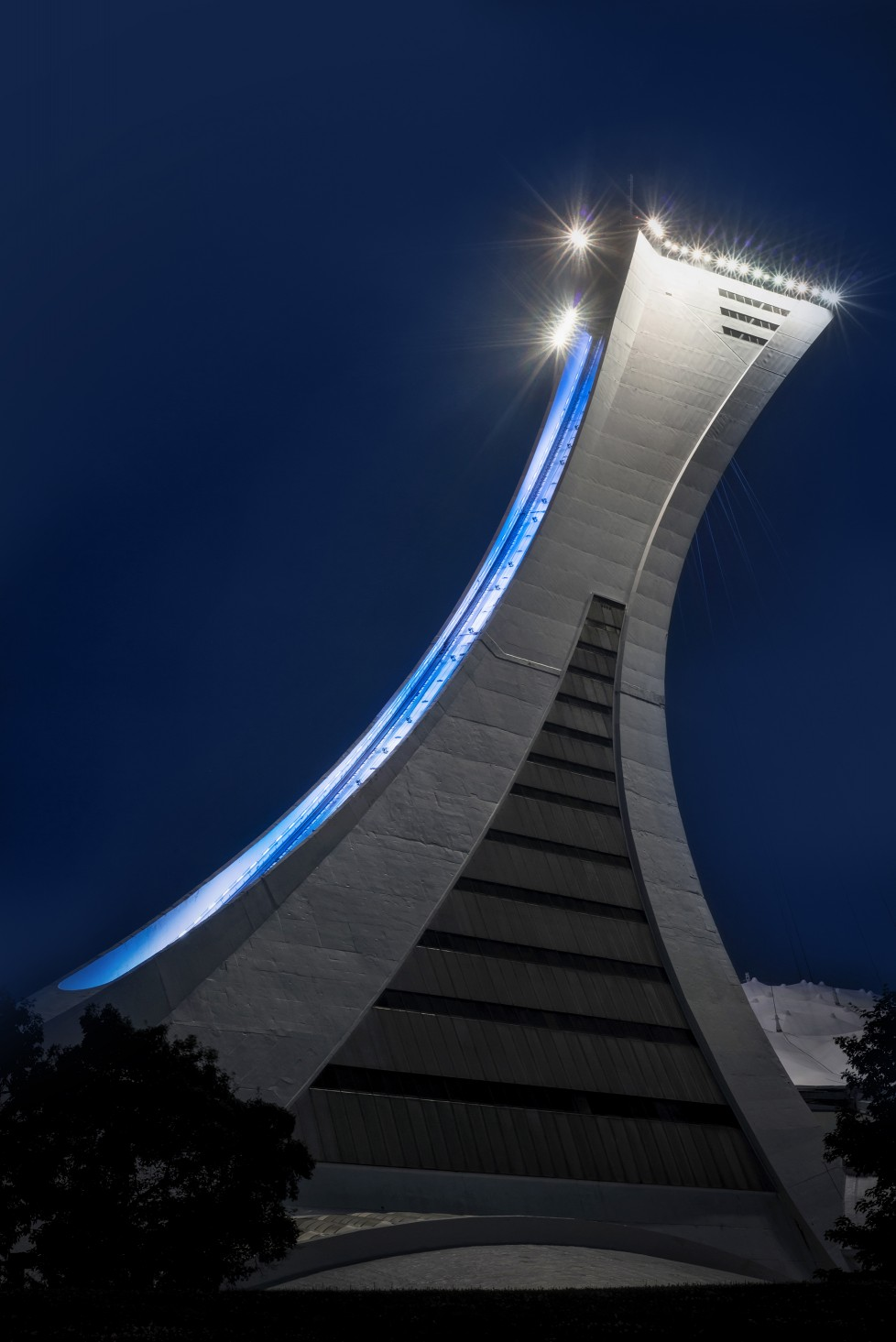 Lumenfacade luminaires were then mounted along the length of the tower's spinal column.