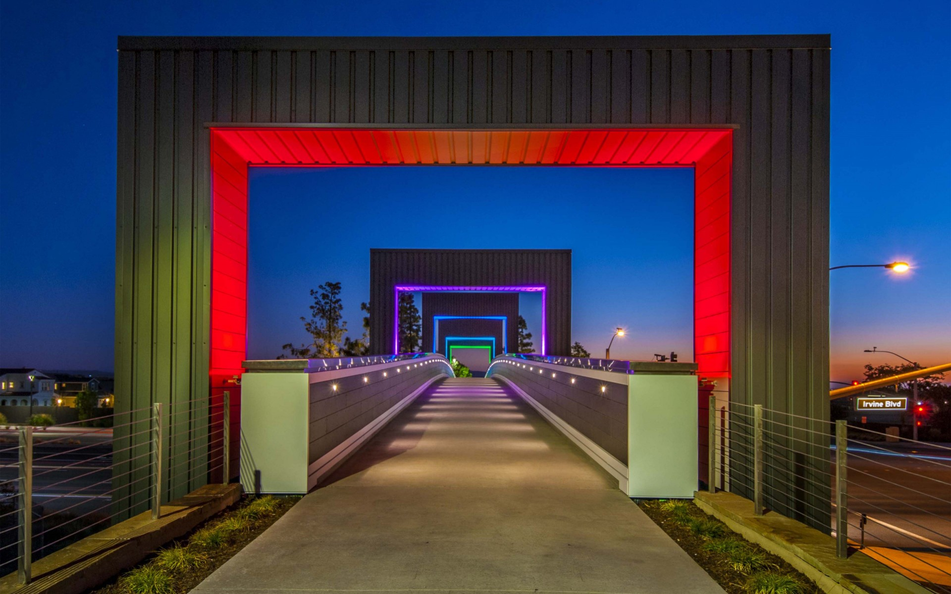 The goal was to accentuate the bridge to highlight it as a unique structure. – Brad Nelson